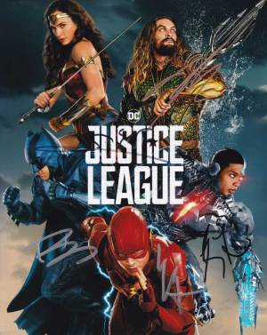 Justice League In-person autographed Cast Photo signed by 5