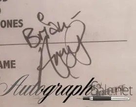 Amy Winehouse autograph 4