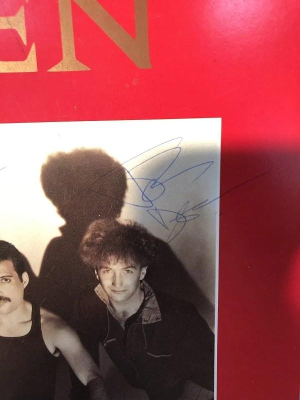 Queen 1984 autographs The Works tour programme