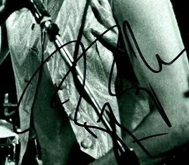 roger taylor autographs queen drummer