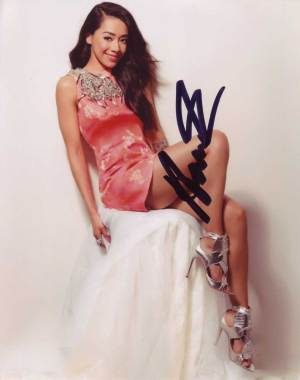 Aimee Garcia in-person autographed photo