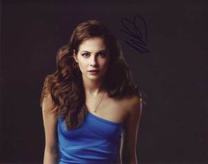 Willa Holland in-person autographed photo