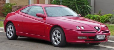 1998-2003_Alfa_Romeo_GTV_Twin_Spark_coupe_01