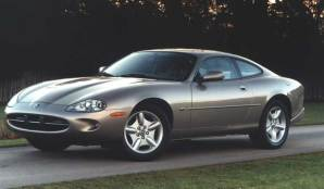97-'06_Jaguar_ XK8_01