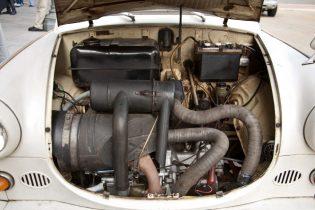 Trabant_600_engine_002