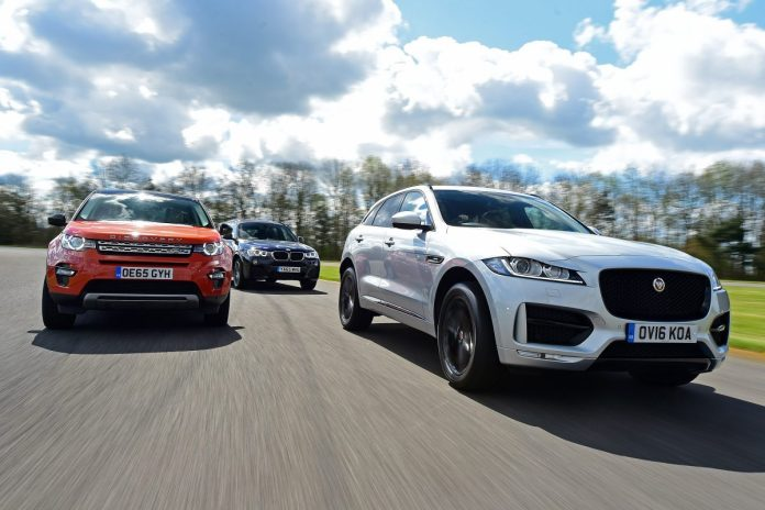 jag-fpace-group-788