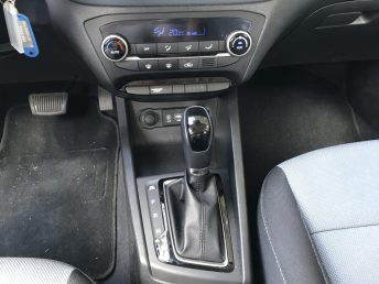 Hyundai_i20_autoholix_09