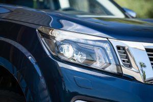 Nissan Navara Double Cab - Front lights 3
