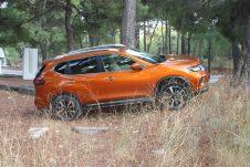 Nissan_X-Trail_1.7_autoholix_0