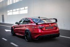Alfa romeo Giulia GTA 2020 08