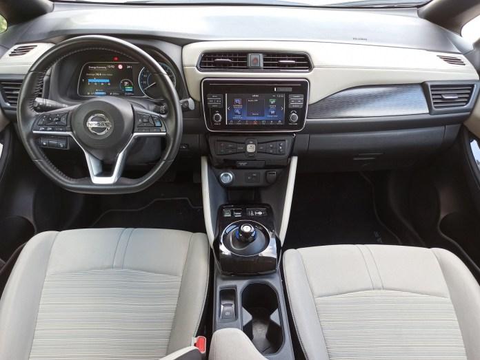 Nissan Leaf autoholix 0