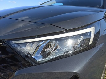 Hyundai i20 1.0 100ps autoholix 34
