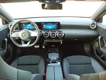 Mercedes A 250 e autoholix 30