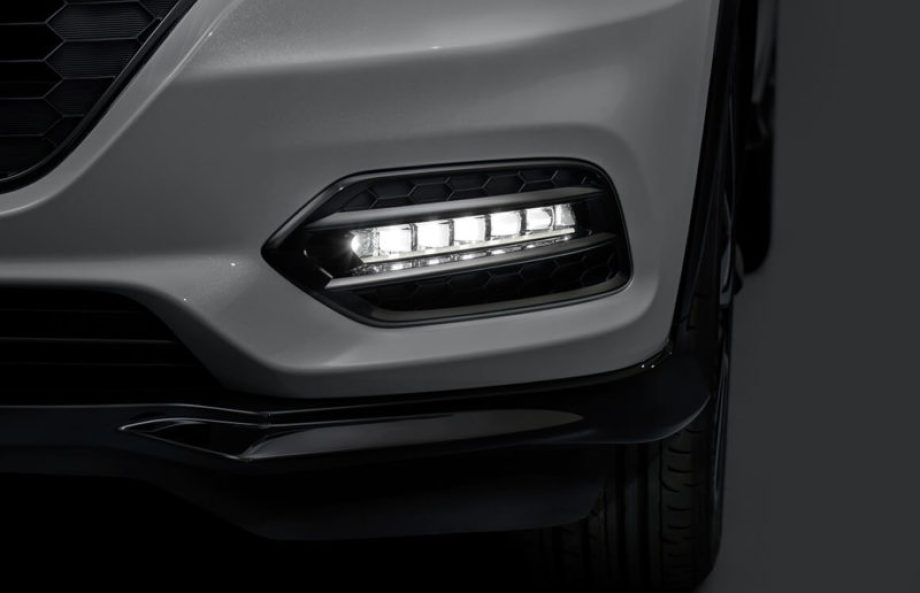 RS専用LEDフォグライトガ ーニッシュ