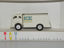"White camion ridelles ""Ice Truck"""