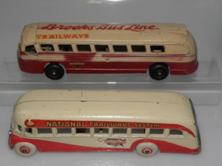 Arcade AFC car National Tramways et Realistic GMC car Trailways