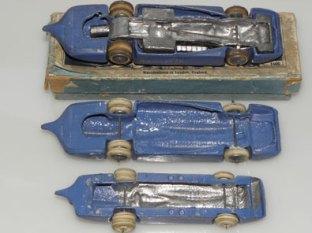 Bluebird Britains de fabrication anglaise vus de dessous