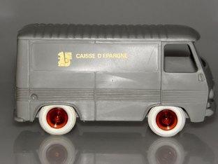 Bourbon Peugeot J7 fourgon Caisse d'épargne