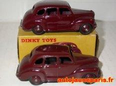 Dinky Toys Austin Devon nuance de bordeaux