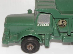 Camion benne Euclid