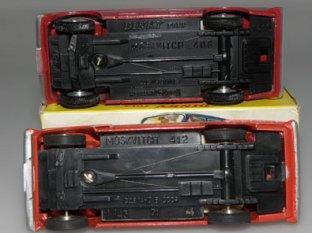 Moskvitch les deux châssis, Novoexport et Dinky Toys