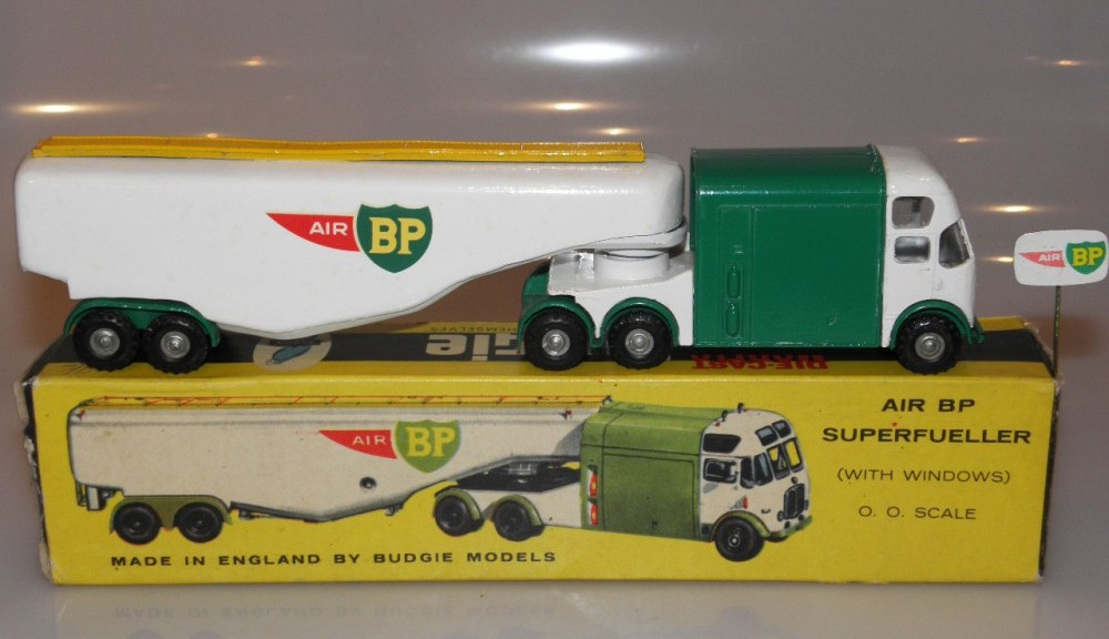 BudgieToys AEC Air BP