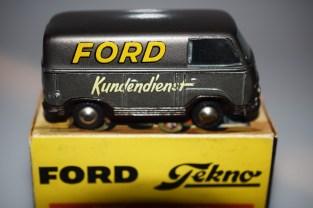 Tekno Ford Taunus Ford