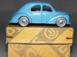 nuance de couleur bleue sur C-I-J Renault 4cv 1949 roues zamac