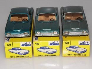 Nuances de couleur de Solido Ford Thunderbird avec phares moulés