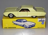 Solido Ford Thunderbird avec phares moulés