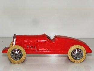 LR-Bugatti inspirée par la vitesse