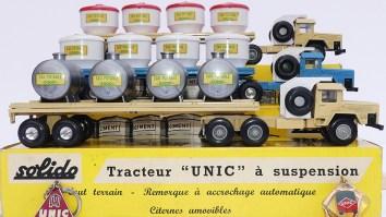 """Solido Unic Sahara tracteurs semi remorque avec cuves """"Eau potable"""" avec jantes en plastique et en acier"""