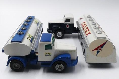 """Tekno Scania 76 semi remorque citerne """"Uno X"""" et """"Caltex"""""""