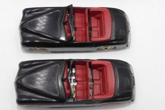 Dinky Toys Simca 8 sport (pare brise fin et épais) avec intérieur rouge et jantes en acier chromé