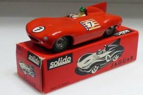 """Solido Jaguar Type D """"USA"""" avec numéro 7 sur le capot"""