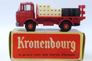 """Dinky Toys Berliet Gak brasseur """"Kronenbourg"""""""