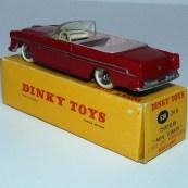 Dinky Toys Chrysler New Yorker avec intérieur rosé et jantes concave
