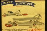affichette avec l'Unic semi remorque porte autos Boilot de chez Dinky Toys