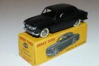 Dinky Toys Peugeot 403 berline