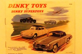 Dinky Toys Peugeot 403 break (couverture du catalogue de l'édition italienne)