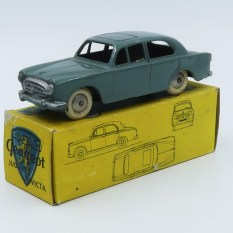 Invicta Peugeot 403 berline