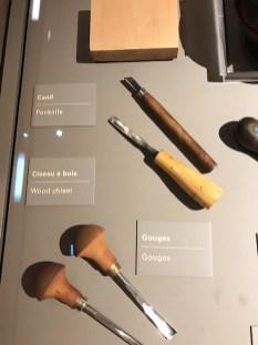 outils pour la gravure: ciseau à bois, gouges...