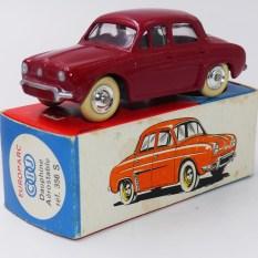 C-I-J Renault Dauphine avec vitrage (nuance de rouge)