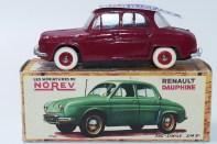Norev Renault Dauphine avec plaque d'immatriculation amovible