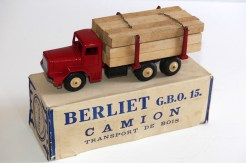 Quiralu Berliet GBO fardier rouge !