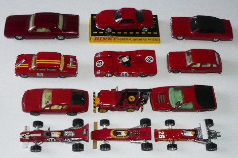 Dinky Toys France : rouge !
