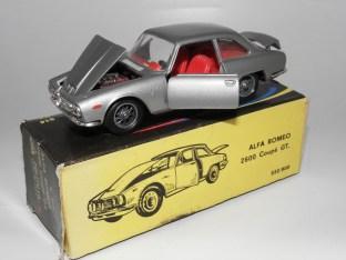 Politoys Alfa Romeo 2600 coupé GT