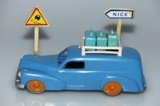 Minialuxe Peugeot 203 break tôlé avec galerie et bagages