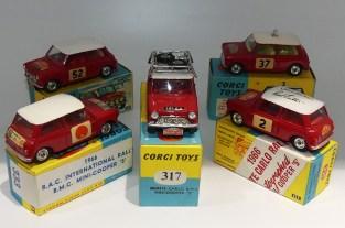 """Corgi Toys BMC Mini Cooper """"S"""" rallye il existe encore d'autres boîtes pour les même modèles"""