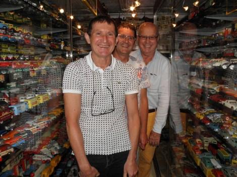 Notre père, Bernard Espinasse au milieu de sa collection